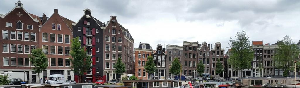 Amsterdamske pijane kuće, posrću od starine