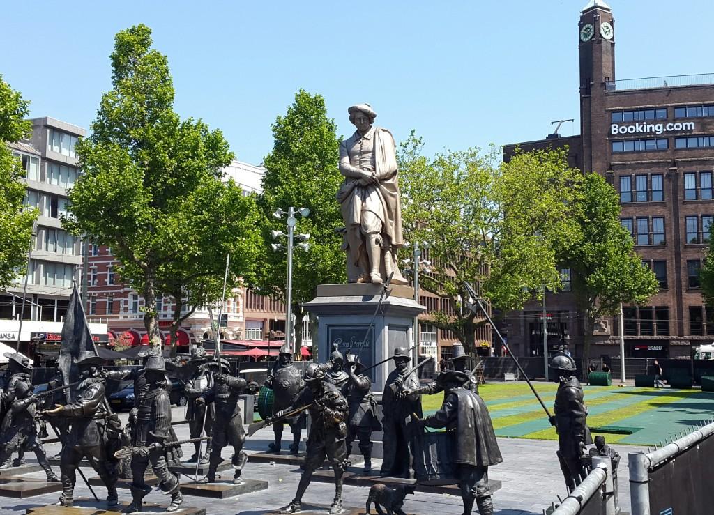 Rembrant nije planirao da će se Booking tako dobro pozicionirati iznad spomenika