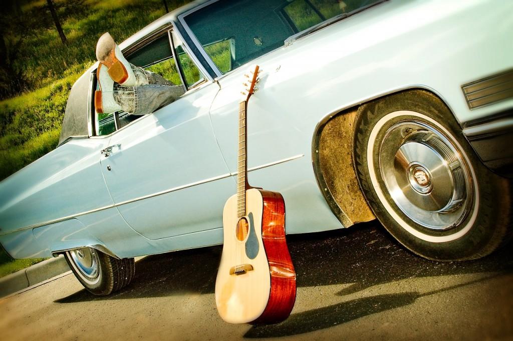 classic-car-1130600_1280