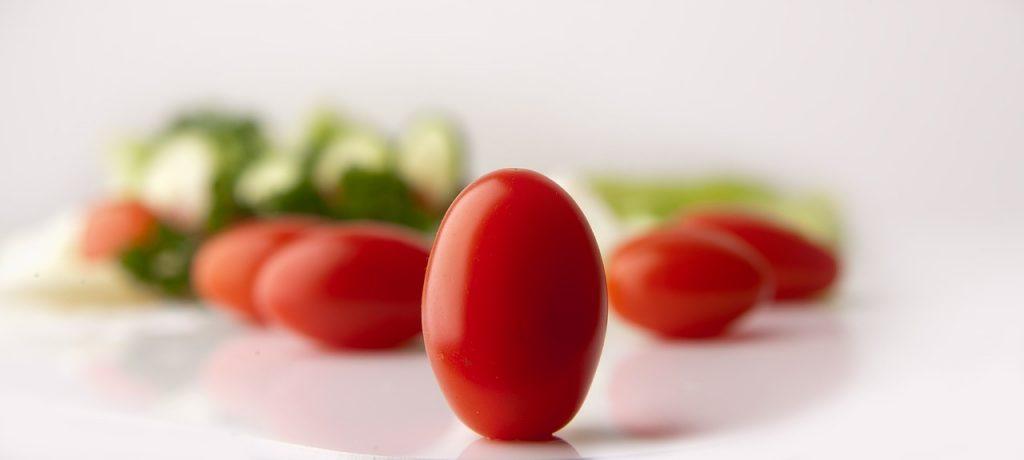 tomatoes-646645_1280