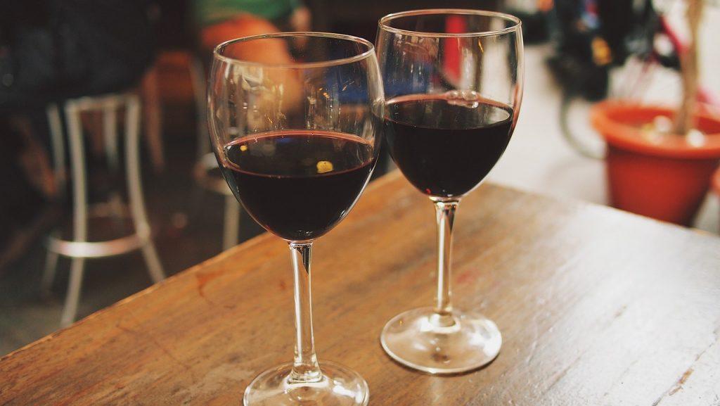 wine-890371_1280