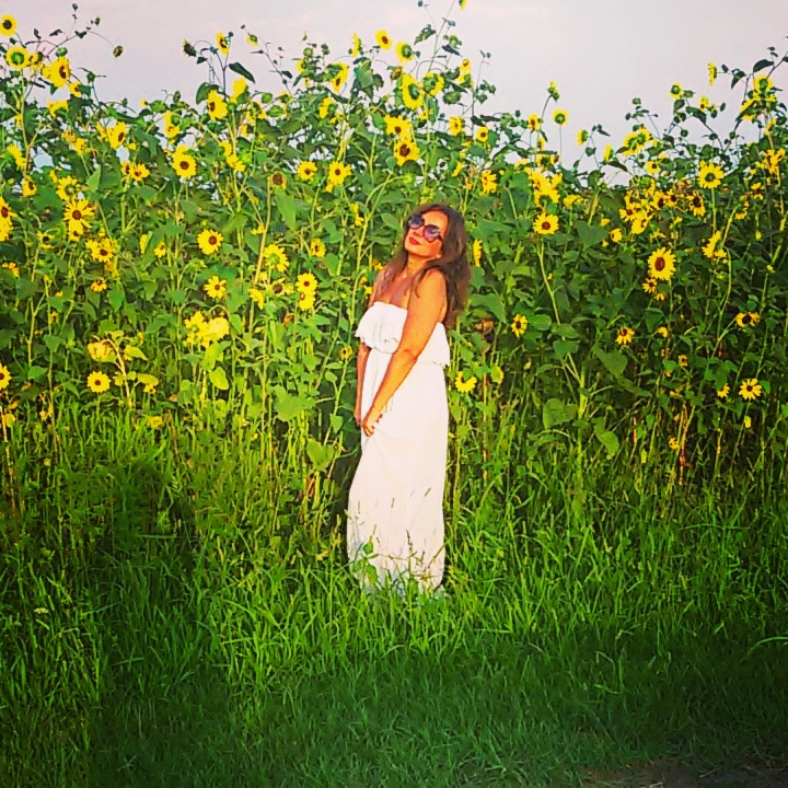 Jer suncokret znači Sunce, znači ljubav, znači život!