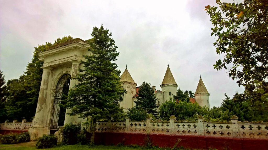 Dvorac Fantast, Bečej