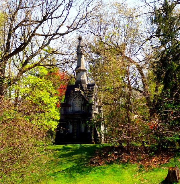 cemetery-998822_640
