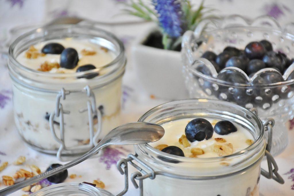 yogurt-1612783_1280