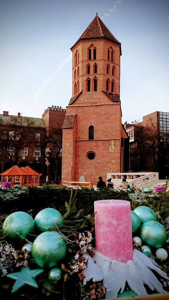 Kad krene advent krenu i dekoracije i razne čarolije ~ Trg katedrale.
