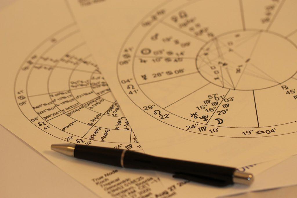 horoscope-993144_1280