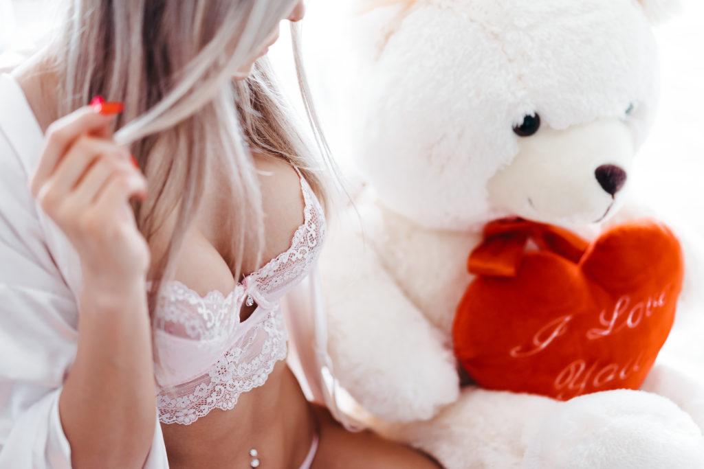 Azijski biseks porno